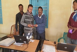 Shri Dhruba Jyoti Das of Khakarpur GP of Bongaigaon Circle entered 199 forms consisting of 487 member details into the DOCSMEN software on 14th Dec, 2015.