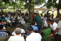 Public attends an awareness camp held at Bengtol Circle in Chirang on 6th May, 2015.